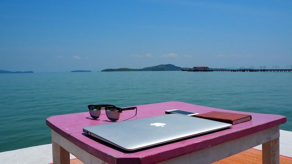 12 tipps als digitaler nomade online erfolgreich und flexibel zu arbeiten_21.12.2017_blog_effektor
